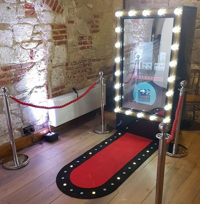 Photo Booth Hire Wedding Birthday & Corporate Photo Booth Hire